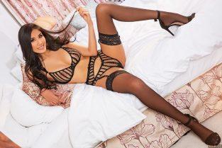 live black sex cams & Hotties In London UK – naughty Innocent Asian Happy Ending Massage Pornstars