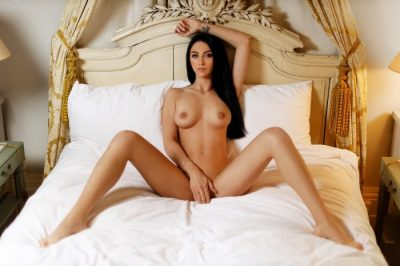 Escorts, Amateur Porn Sites & Babes In Oakland – Glamorous Muscular Oriental Cuddling Strippers