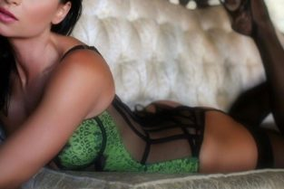 Female Escorts In Charlotte – All The Benefits Of Dating A Charlotte Independent Escort.