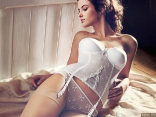 Acapulco Erotic Massage, Body Rubs and Massage Parlors with naughty Vietnamese Female Attendants