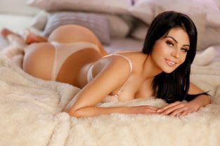 Massage Spas In Detroit – All The Benefits Of Dating Detroit Call Girls